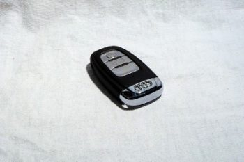 How To Change Battery in Audi Key Fob